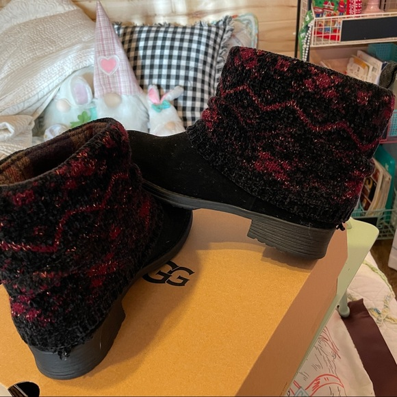 Musk Luk ankle boots